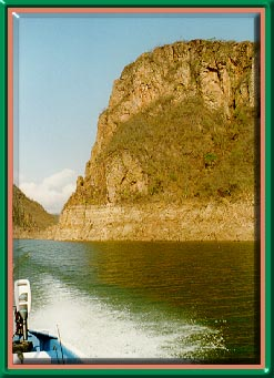 Bass fishing in Puerto Vallarta at Lake Aguamilpa